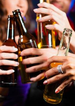 《 八大行業 》喝酒擋酒的技巧